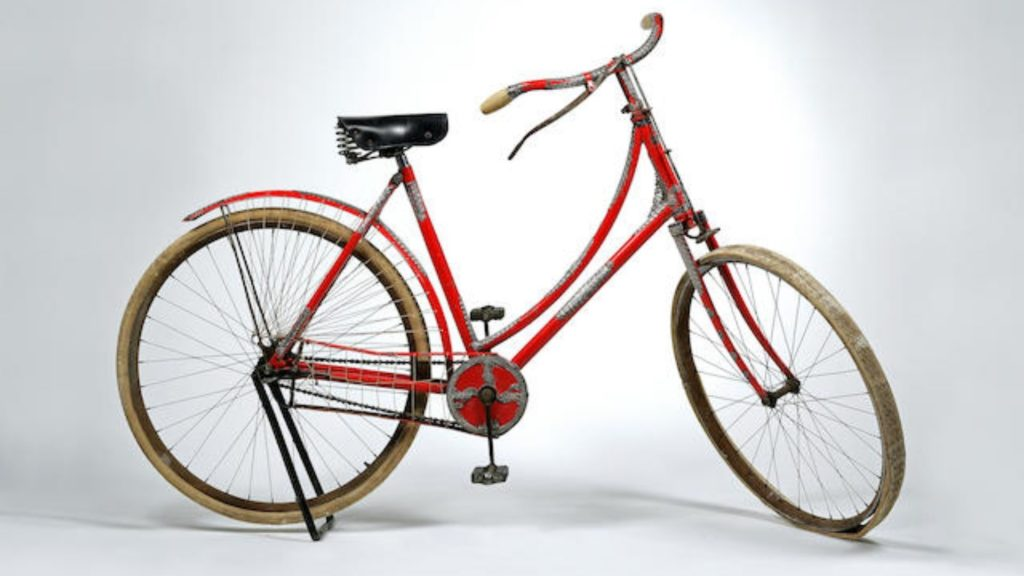 Tiffany & CO. Silver Mounted Lady's Bicycle - $ 57.000,00